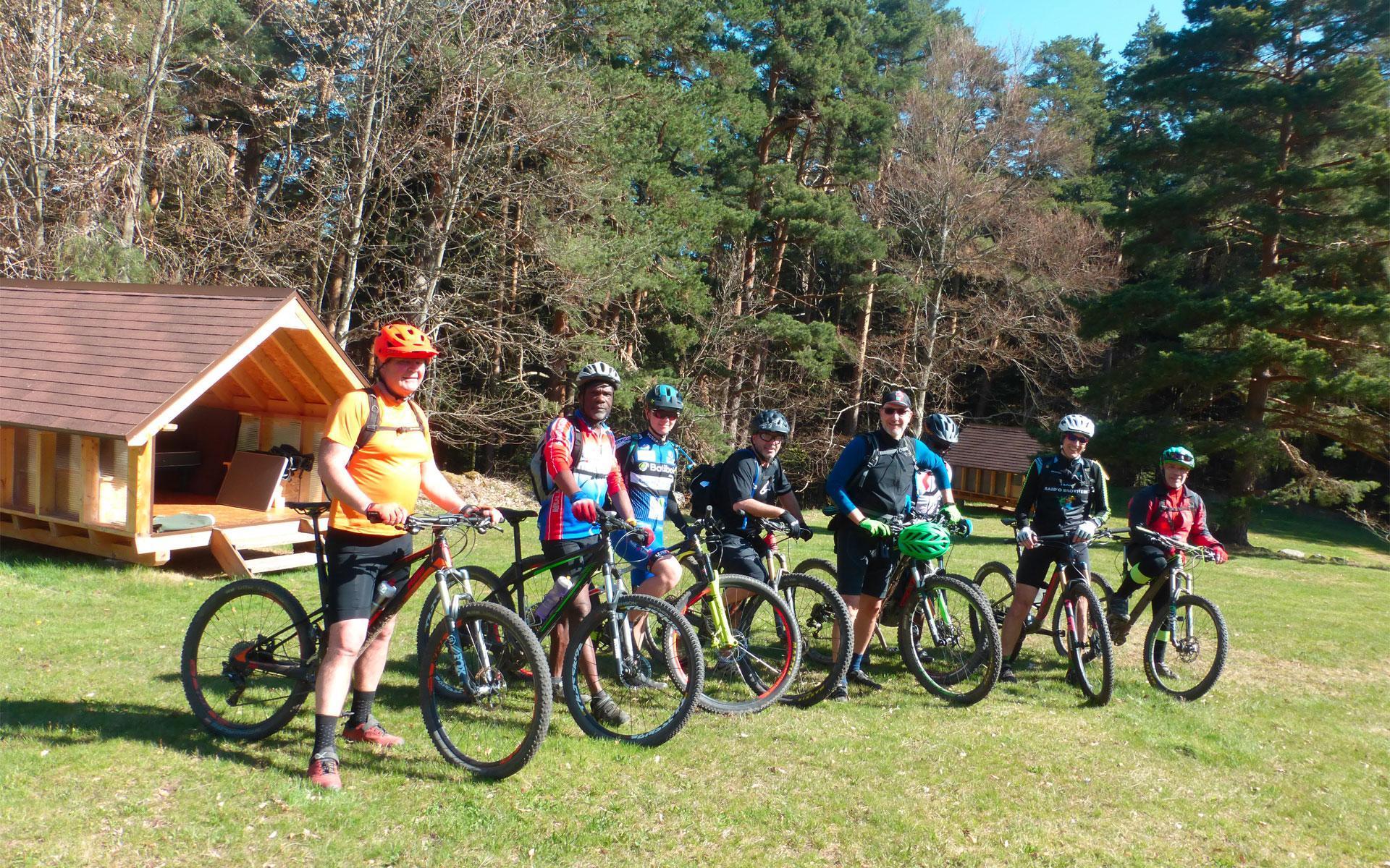 Camping spécialisé dans le cyclotourisme grâce à des hébergements dédiés aux cyclistes