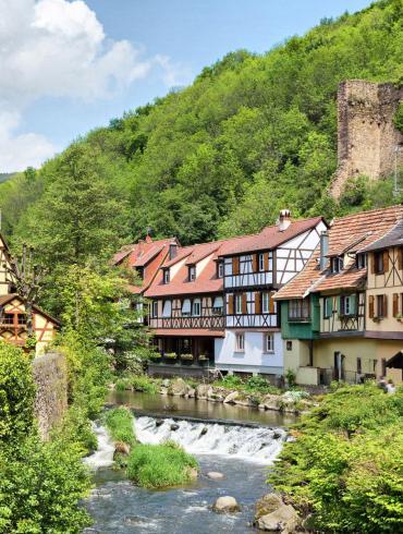 Rivière traversant le village de Kaysersberg, élu village préféré des Français